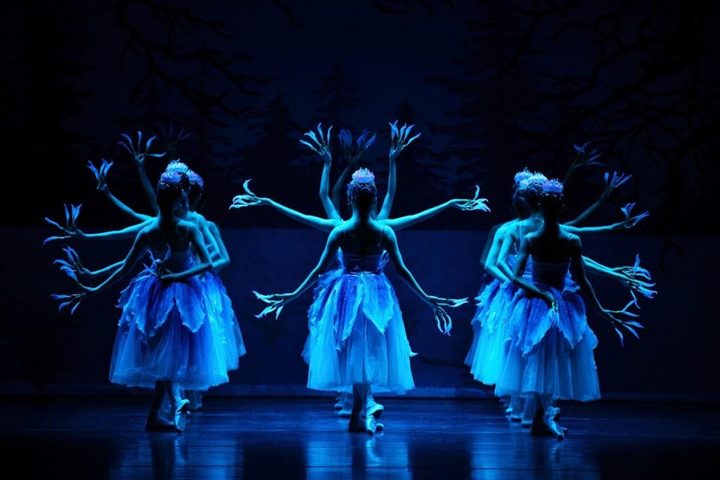 Danzas de China en familia en las Festes de la Tardor